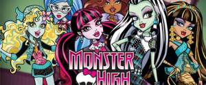 Giochi Monster High: bambole, portachiavi, teschi e tatuaggi